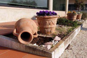 vasi in giardino - Terrecotte Ripabianca - Deruta